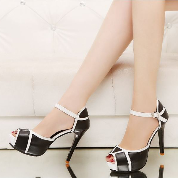 cách chọn giày cao gót cho người chân to