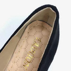 kiểu giày cho người chân to