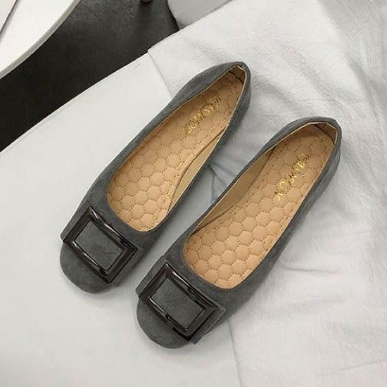 giày dép cho người chân to