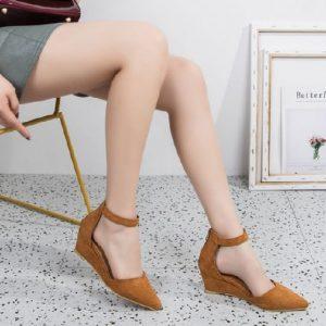 chọn giày cao gót cho người mập