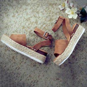 giày sandal cho người chân to