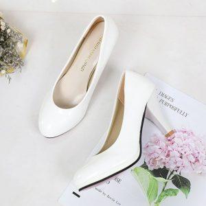 giày cao gót cho người chân bè