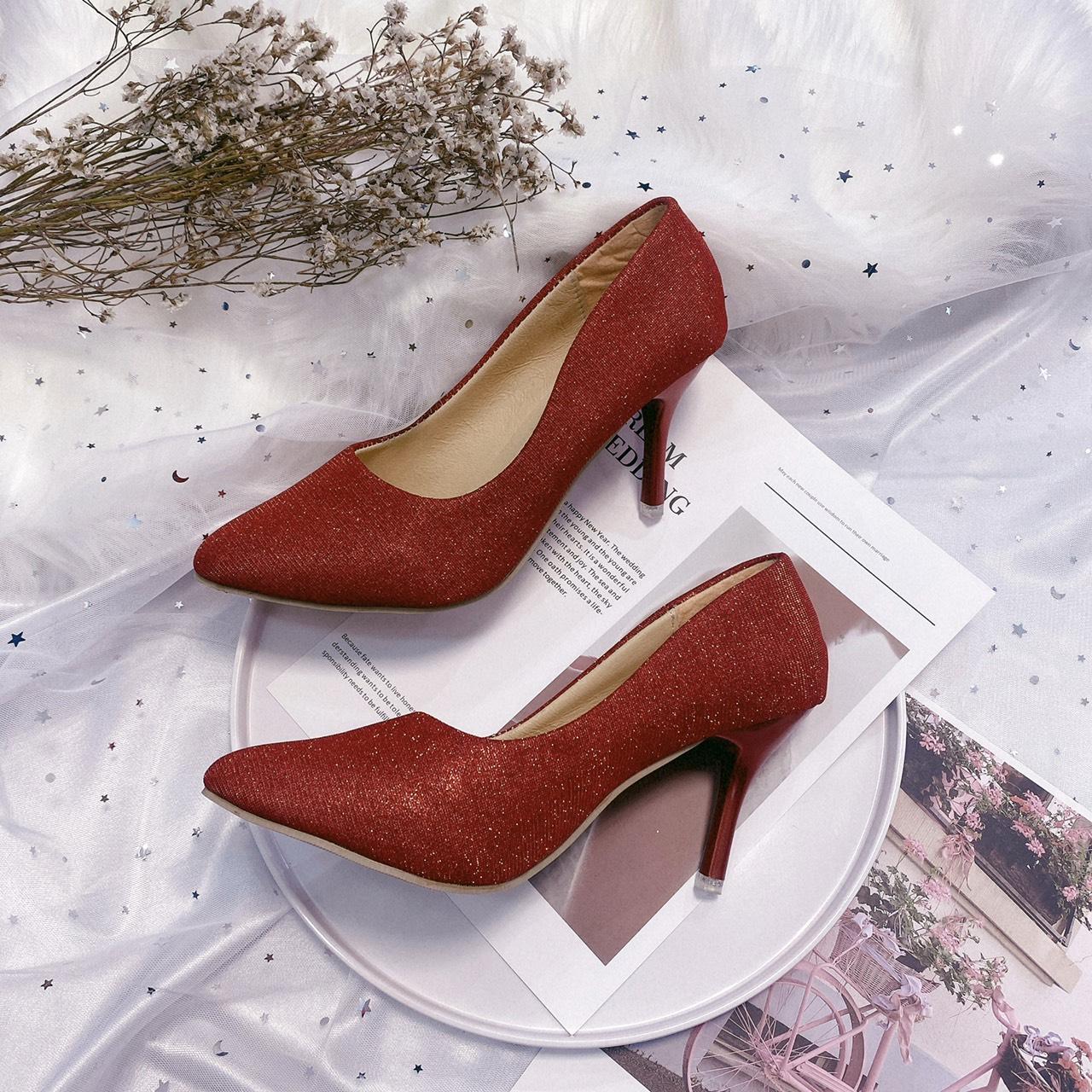 giày cao gót size lớn