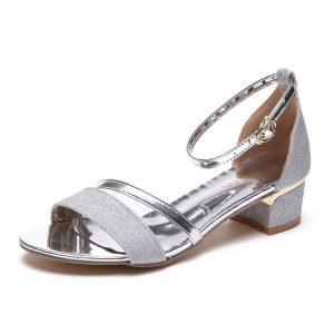 giày cho người chân bè